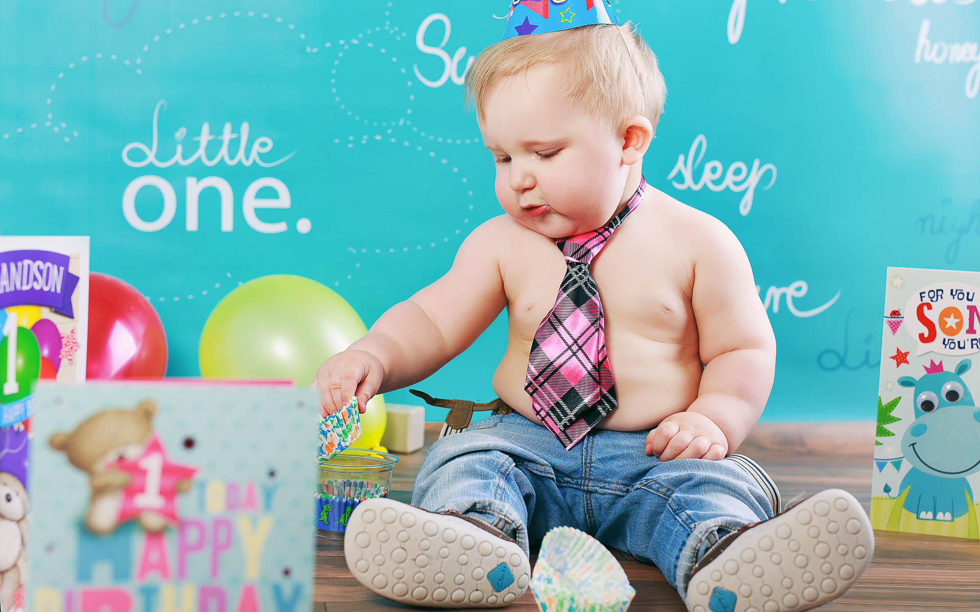 Nicks-first-birthday-photo-session-in-Andover by Arokis